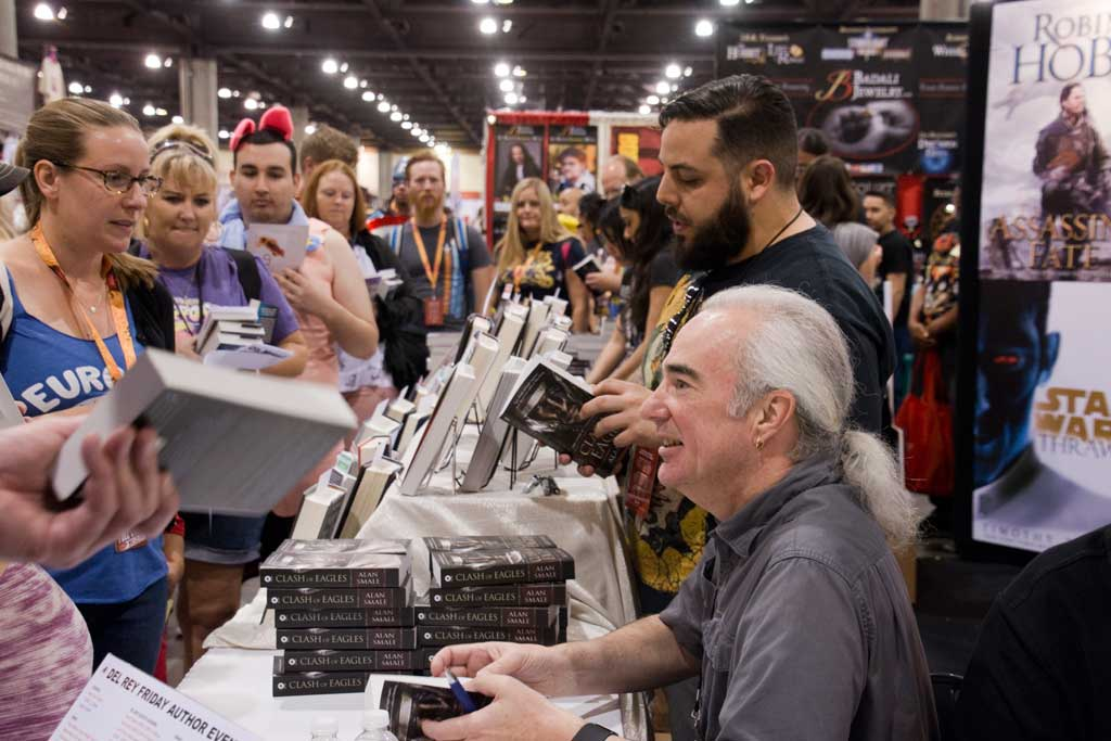 signing books at PHXCC